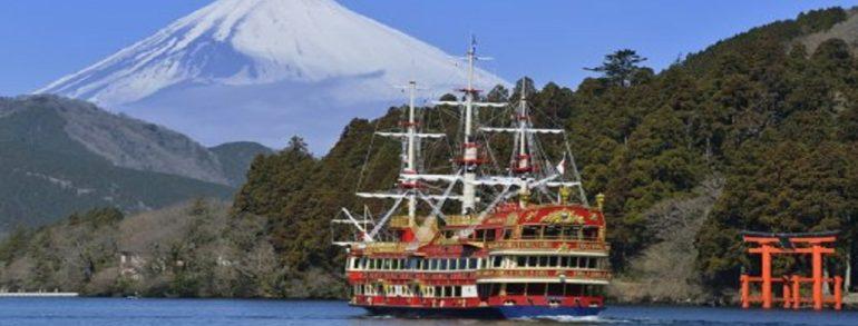 眺望富士山新景點「三島天空道」&箱根海賊船 午餐螃蟹吃到飽